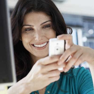 Do Mobile Devices Sweeten Sales, or Crush Employee Productivity?
